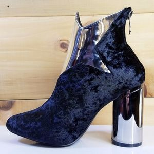 """Black / Silver Star 3.5"""" Round Heel Ankle Boots"""